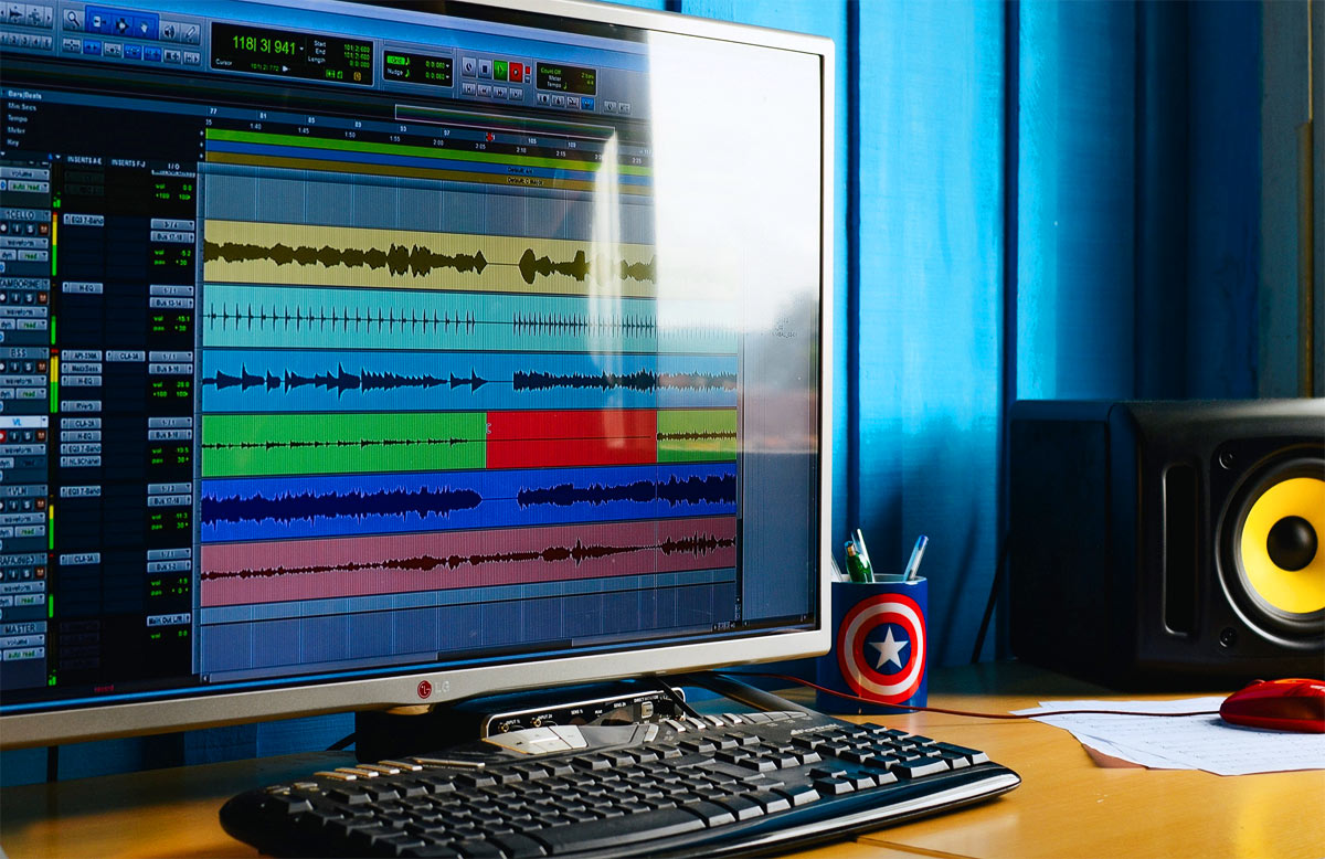 Structuring songs with recording software